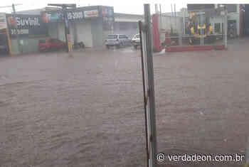 Fortes chuvas voltam a alagar avenida em Ituverava - Notícias de Franca e Região
