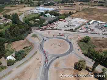 Nueva rotonda en acceso a Linares superó el 80% de avance físico - Diario El Heraldo Linares