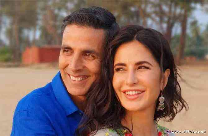 Akshay Kumar describes working with Katrina Kaif with a beautiful picture