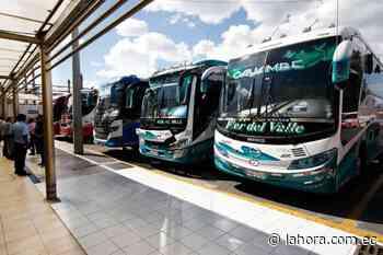 Cayambe reclama a Quito por trato a sus pasajeros - La Hora (Ecuador)