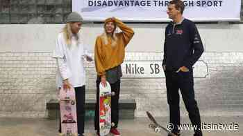 Lisa und Lena mit tollem Fan-Moment: Sie treffen Skateboard-Ikone Tony Hawk - it's in TV