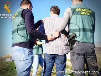 Pillan a cuatro ladrones en una casa de Campohermoso, uno oculto bajo la cama - La Voz de Almería