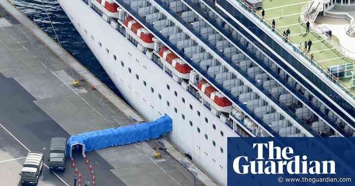 Foreign Office tells Britons not to leave cruise ship struck by coronavirus