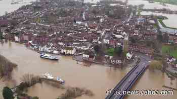 Upton-upon-Severn surrounded by flood water