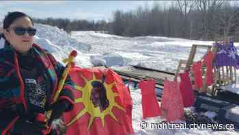 New blockade south of Montreal delays resumption of Via Rail service between Montreal and Quebec City