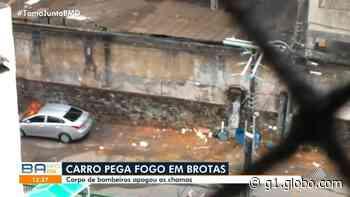 Carro pega fogo no bairro de Brotas, em Salvador - G1