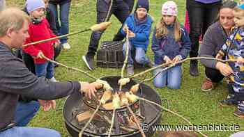 Spende für Kindergarten St. Laurentius: Das Kartoffelfeuer der CSU in Alteglofsheim begeisterte knapp 90 Kinder - Wochenblatt.de
