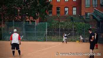 Ein kleines Stück Amerika: Diplomatic Softball League spielt seit 20 Jahren im Bezirk - Steglitz - Berliner Woche