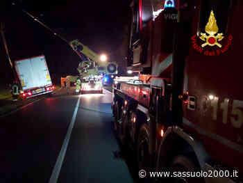 Camion fuori strada nella notte a Castel Maggiore - sassuolo2000.it - SASSUOLO NOTIZIE - SASSUOLO 2000