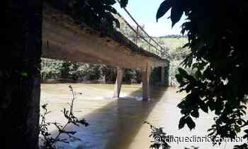 Ponte que liga Casimiro de Abreu à região serrana de Macaé amanhece interditada pela Defesa Civil - Clique Diário