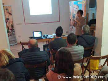 A Mordano cittadini a lezione di educazione digitale e postale con gli specialisti di Poste Italiane - Bologna 2000