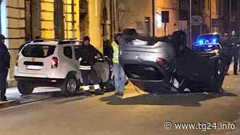 ULTIM'ORA Isola del Liri – Auto si ribalta in via Borgonuovo (foto) - TG24.info