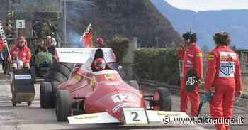 Carnevale di Terlano, dalla Formula 1 ai sommergibili: in migliaia per la grande sfilata dei carri - Alto Adige
