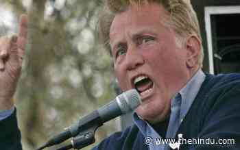 Hollywood actor Martin Sheen recites Rabindranath Tagore poem at climate change protest - The Hindu