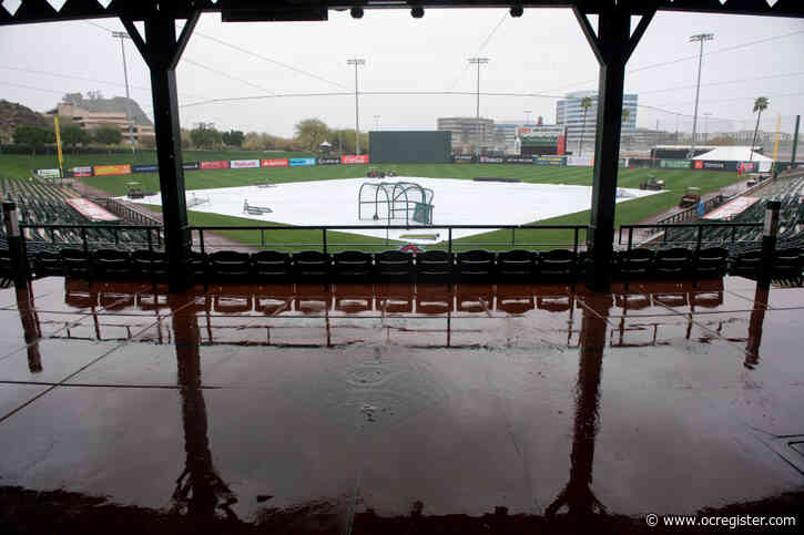 Rain delays Angels' Cactus League opener