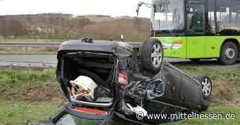 Bus fährt auf Auto: Unfall zwischen Elz und Hadamar - Mittelhessen