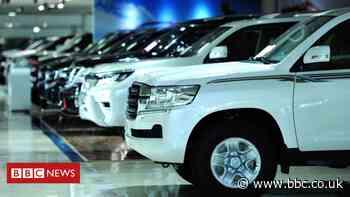 Coronavirus: Car sales in China fall 92% in February