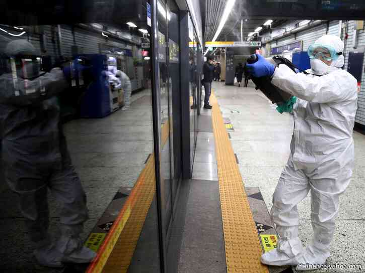 U.S. Raises Japan Warning as Infections Spread: Virus Update