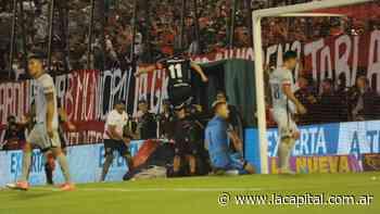 Newell's llega más aliviado pero necesita ganarle a Colón para que el promedio no moleste - La Capital (Rosario)