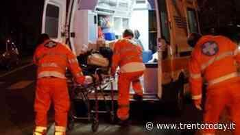 Tenta suicidarsi accoltellandosi ma poi 'si pente' e chiama i soccorsi: grave 26enne - Trento Today