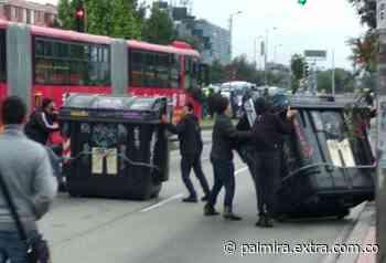 Trabajadores de TransMilenio bloquearon el Portal Suba - Extra Palmira