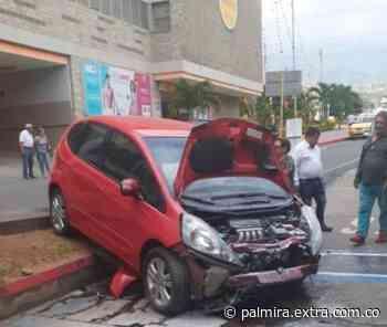 ¡Casi pasa a mayores! Adulto mayor sufre accidente en Santander - Extra Palmira