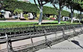 Falta de mantenimiento en bancas del jardín principal - El Sol de Salamanca