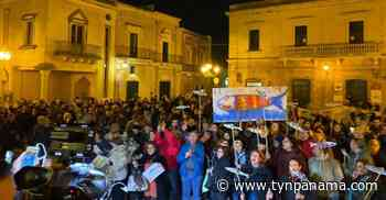Salvini en Salento para la regional. La Sardina en la plaza de luchar: Estamos armados con ramas secas de un árbol de olivo - TyN Panamá