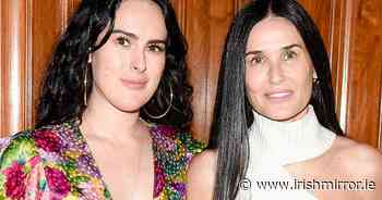 Demi Moore and lookalike daughter beam as they ditch their make up - Irish Mirror