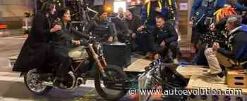 Neo and Trinity Ride a Ducati Again in Matrix 4 Leaked Set Photos - autoevolution