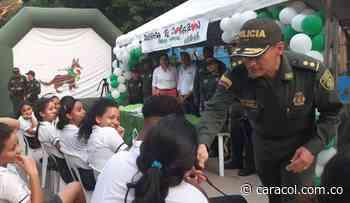 Operativos contra las drogas en colegios de Magangué, Bolívar - Caracol Radio