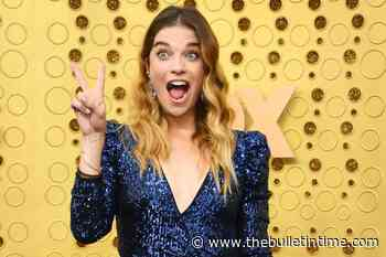 Annie Murphy Books Her First Post-Schitt's Creek Role – Moose Gazette - The Bulletin Time