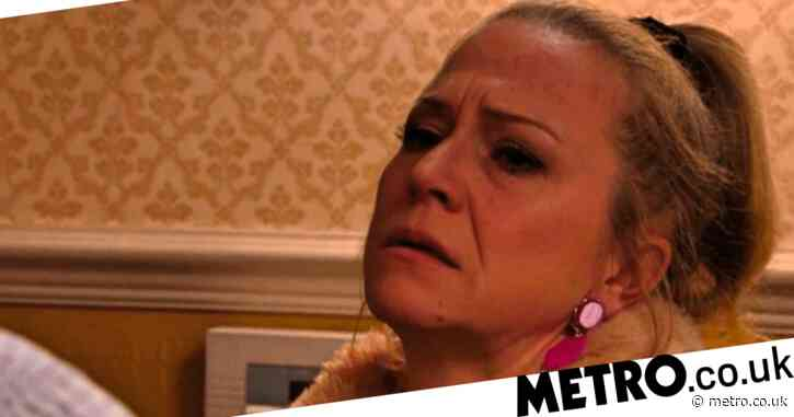 What's going on with Linda in EastEnders as she admits she is an alcoholic?
