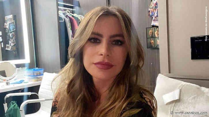 Con lágrimas, Sofía Vergara se despidió de la serie 'Modern Family' - Canal RCN