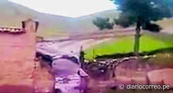 Calles de San Pedro de Cajas en emergencia por deslizamientos de tierra - Diario Correo