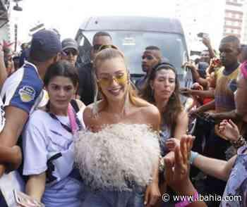 Mariana Ruy Barbosa sobre críticas ao look no Carnaval de Salvador: 'Como tem gente chata' - iBahia
