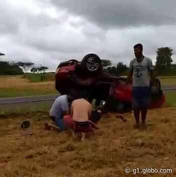 Acidente entre carro e caminhão deixa motorista ferido em Ibitinga - G1
