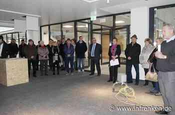 Geöffnet und bevölkert: das sanierte Rathaus in Neustadt