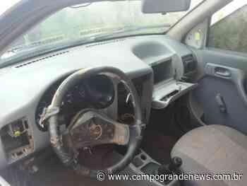 Carro furtado de gestante é encontrado depenado no bairro Vespasiano Martins - Campo Grande News