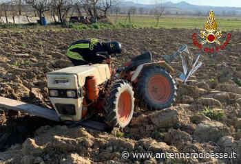 A Torrita di Siena 71enne intrappolato sotto un mezzo agricolo. I Vigili del Fuoco lo soccorrono - Antenna Radio Esse