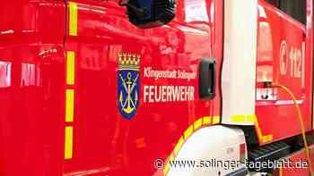 Dachstuhlbrand: Feuerwehr rettet Obdachlosen