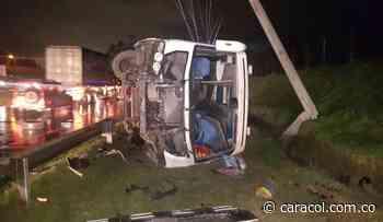Más de 20 heridos dejó estrepitoso accidente en la variante Faca - Madrid - Caracol Radio