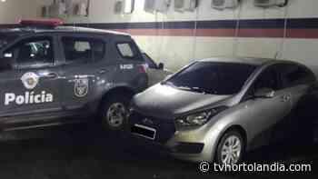 Homem é preso com carro roubado no Jardim Itatinga, em Campinas - Waldir Junior