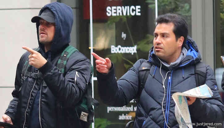 Leonardo DiCaprio Gives a Tourist Directions in New York City