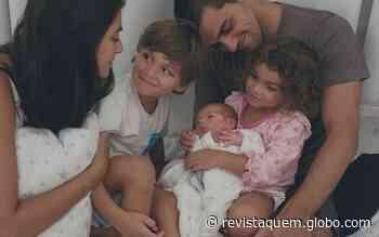 """Mariana Uhlmann posta foto em família: """"Como é bom"""" - QUEM Acontece"""