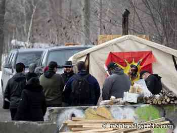 Despite CP Rail's injunction, no end in sight for Kahnawake blockade - Montreal Gazette