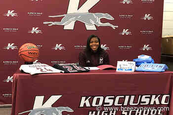 Lady Whippet signs with Co-Lin CC
