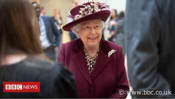 The Queen thanks MI5 agents for their 'tireless work'