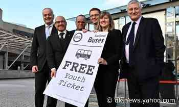 Holyrood agrees deal to provide free bus travel to under-19s