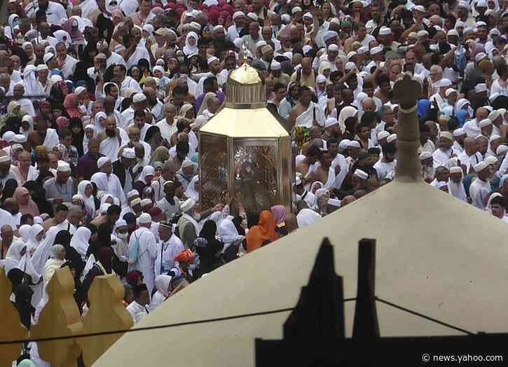 Halt of Muslim pilgrimage over virus brings worldwide dismay